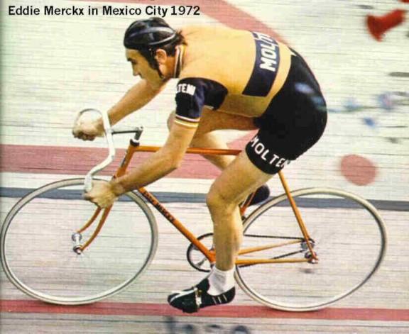 eddy-merckx al recorde dell'ora di Citta' del Messico  1972    49,432 Kmh